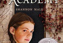 Books Worth Reading / by Megan Honsvick