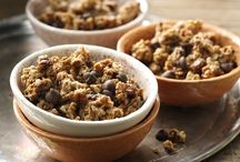 Snacks ~~ Snack Mixes / by Melissa Andrade