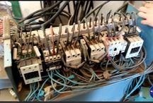 ¿Quieres ahorrar en tu factura de la luz? Compensa la energía reactiva / ¿Quieres ahorrar en tu factura de la luz?. Uno de los gastos que las empresas tienen que asumir es su factura de la luz y por lo general es elevada, si ademas esta empresa tiene algunos aparatos eléctricos que para su funcionamiento utilizan bobinados seguro que está consumiendo energía reactiva y si esta no es compensada la compañía eléctrica se la va a cobrar en su factura, pues si coloca batería de comdensadores este dinero se lo puede ahorrar.  http://electricaisleña.es