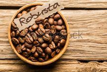 Robusta Koffiebonen / Robusta-koffie (Coffea canephora A. Froehner, 1897; synoniem: Coffea robusta L.Linden, 1900) komt van oorsprong uit het middelgebergte van Afrika rondom de evenaar, tussen 10° Noorder- en Zuiderbreedte, van de Westkust tot Oeganda. Sinds 1900 is de robusta-koffie over de hele wereld verspreid; belangrijke teeltgebieden liggen nu in tropisch Afrika, Azië en Zuid-Amerika. Belangrijke productiegebieden zijn Vietnam, Brazilië, Ivoorkust, Angola, Oeganda, Congo, Madagaskar en Indonesië.