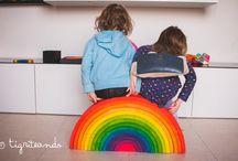 Arco iris inspiración Waldorf / Arco Iris artesanales hechos con madera ecológica y pintura no tóxica. Un juguete educativo llevo de posibilidades.