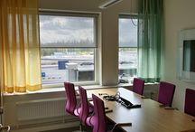 Kontorsgardiner / Allt inom gardiner och solskydd för offentlig miljö. För skola, omsorg, kontor och företag