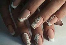 nails &hair