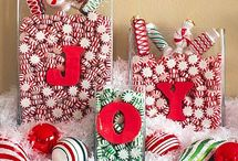 Christmas decor, food and gifts ideas! / by Ashleigh Arand