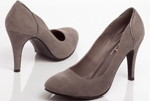 chaussure / by Fabienne PLANTE