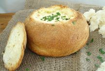 Cob loaf dips / To serve with drinks