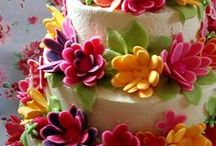 PRETTY CAKES AND CUPCAKES~ / by Stacy Walters