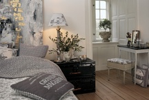 Bedroom / by Gunn-Tove Skartland