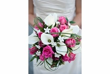A beautiful  wedding / Wedding bouquet and brides maids' bouquets  in a beautiful Nanaimo BC setting