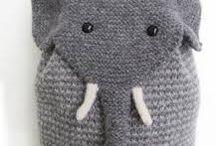 elefantes tejidos en papel