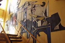 KUNST IN SCHOOL / Een kunstwerk op een centrale plek op school of op het plein maakt in een klap duidelijk: op deze school speelt kunst een belangrijke rol!