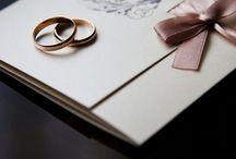 Hochzeitskarten / Sind Sie auf der Suche nach Hochzeitskarten für Ihre Hochzeit? Dann sind Sie hier genau richtig!  Auf Moderne Hochzeit finden Sie zahlreiche Anbieter bundesweit für deutsche Hochzeiten im Bereich Hochzeitskarten.