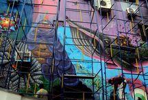 Arte de Rua: Pinheiros e Vila Madalena / Sendo o grafite brasileiro um dos mais bem conceituados do mundo, e sendo o bairro de Pinheiros, junto com a Vila Madalena, conhecidos como criativos e originais, capturei obras que, embora fugazes, merecem ser conhecidas, ainda que anônimas em sua maioria. Para conhecer mais sobre ARTE DE RUA siga o blog ARSPUBLICA E acesse o post: http://arspublica.com.br/artigo/arte-de-rua-conflito-e-mercado/