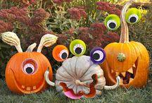 Halloweeeeeen! / Halloween decor and crafts.