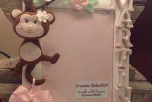 Cornice / Cornice con animaletto pannolenci, scimmietta pannolenci