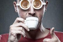 WORLD COFFEE EVENT ☕ COFFEE AND TEA EXPO / Pokud chcete dostávat aktuální informace ze světa kávy, tak prosím, přinášíme Vám čerstvé zprávy ze světa kávy • Nejbližší kávové akce • Soutěž baristů kaváren a pražíren • Světové kávové soutěže • Mistr Kávy • Soutěže Barista roku • Soutěž o kávovar • Týden kávy • Kávové listy • Aktuálně ze světa kávy • Domácí příprava kávy • Čerstvé novinky a aktuality ze světa kávy • Kávový festival • Výstava věnovaná kávě • Historii kávy •   Videa ze soutěže Barista roku: http://livestream.com/worldcoffee