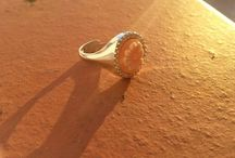 Cameo Rings / Photographic collection of cameo rings in sterling silver and gold.