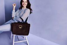 kabelka s modelem