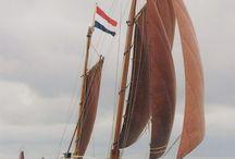 Boats & Yahts