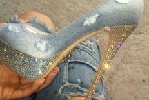 Shoes / by Lizz Morgan