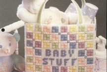 Tote-tally Cool Sewing Ideas / by Shareena Usher