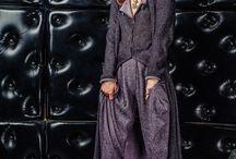 S_030+S_029 Пальто длинное сиренево-черное с шарфом+Брюки-скинни