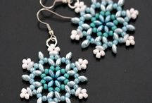 Beaded earrings snowflake