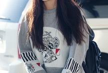 IU / look cute