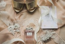 Wedding Details / Sweet rings, stylish boots and other romantic tiny details from that very day