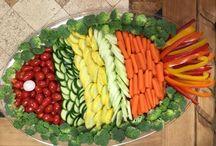 zöldségek, gyümölcsök, saláták