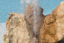 Le fontane del Color Hotel / L'acqua non è facile da plasmare ma con Legno, pietra, sassi e creatività abbiamo realizzato varie fontane che sono espressioni dell'Arte dell'Acqua.