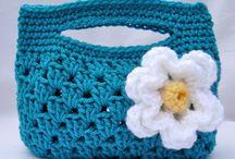 Crocheting bags