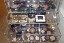Make-up/Jewelry