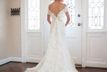 Wedding dresses / A lot of lace, flowers and beautiful fabrics