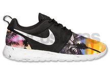 Sneaker luvs adidas Nike Vans...