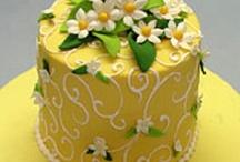 Cakes: Giallo Dolci / by Lauren Schultz