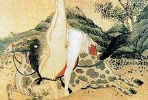 """China Oculta / """"A la pregunta de Renren, que deseaba saber si había que darle más importancia a los ritos o al sexo y la alimentación, el maestro Wuli le contestó que tenía que darle prioridad a los ritos. El astuto Renren le contestó que si seguían los consejos de ciertos magos, según los cuales era necesario abstenerse de comer y de mantener relaciones sexuales con el objetivo de conseguir la longevidad, el hambre y la muerte nos dejarían sin descendientes"""""""