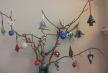 Our Aussie Christmas Tree / Here are a few ideas for hand made Christmas decorations we make and enjoy every year!