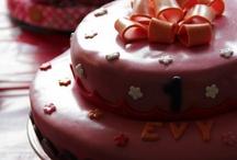 Eigen creaties!! :) / Taarten en cupcakes!!