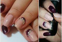 Ela's nails