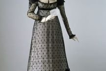 Regency Clothing - Women / Extant examples of women's fashion c1800 to c1820.