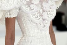 Wedding dresses stunning  / by Jaime Lorenzoni