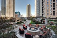 Best Chicago Rooftops / Downtown Chicago buildings open for lease with awesome rooftops and sundecks. Plus restaurants, hotels, and more iwth the best rooftops!