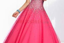 Ⓟ Ⓡ Ⓞ ⓜ / My prom is next year so, over here you will find prom dresses which i woukd love to try on