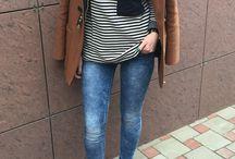 Camel outfit / Camel jacket, stradivarius dark blue high shoes, stripe t-shirt, blue jeans