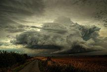 Skies / by Stéphanie Casey