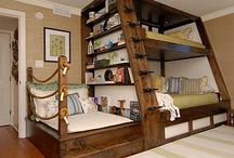 Chalet bunk room / Bunk beds