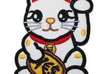 MANEKI NEKO / LUCKY CAT / by Tienda Kyoko