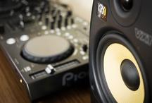 DJing / by Léo