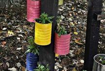 pots à fleurs avec Can  de café peint
